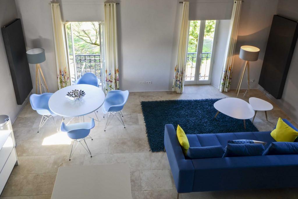 Gordes Suite living room