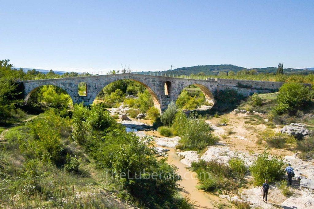 Pont Julien near Bonnieux