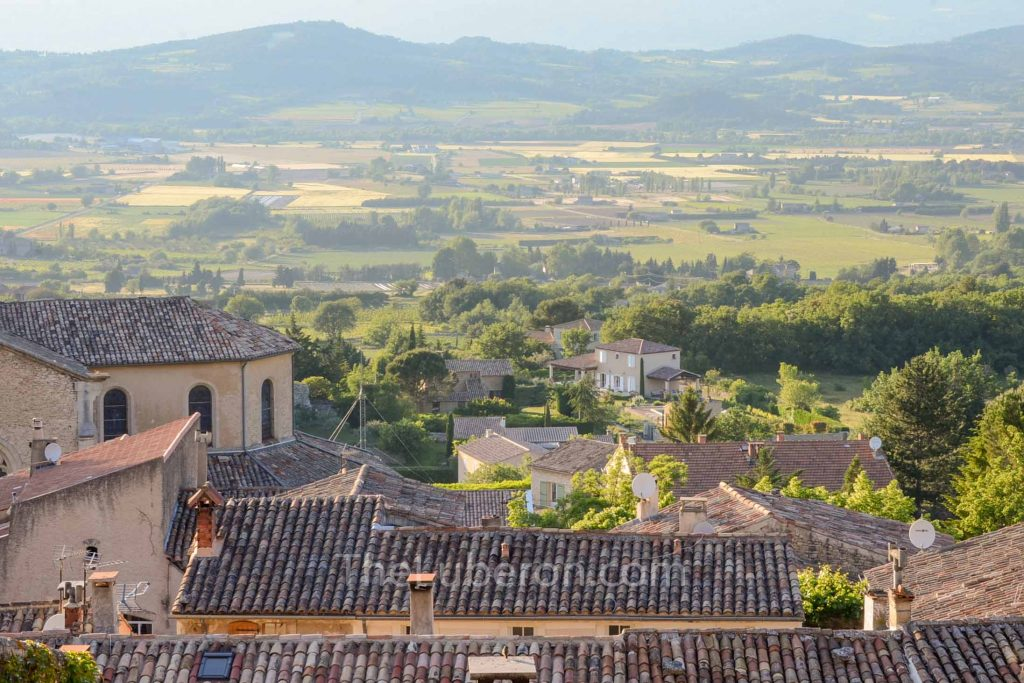 Luberon valley view from Bonnieux