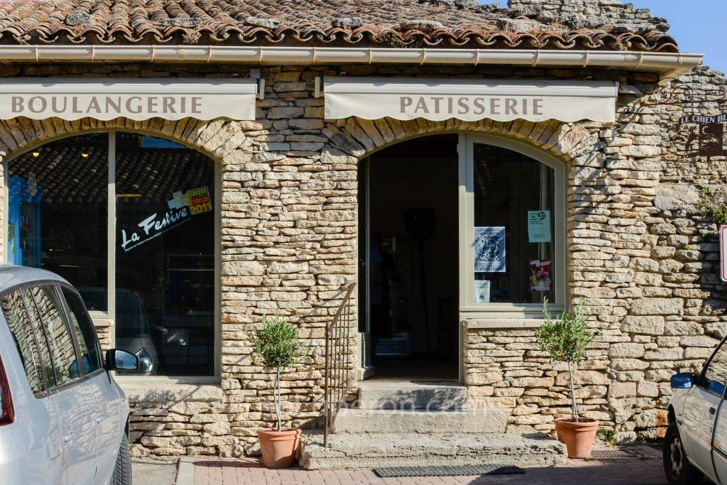 Cabrieres d'Avignon bakery