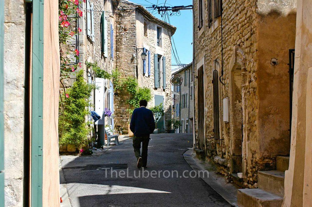Man walking in Goult
