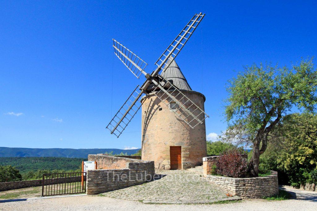 Jerusalem windmill in Goult