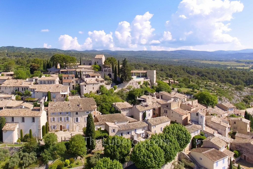 Aerial view of Joucas
