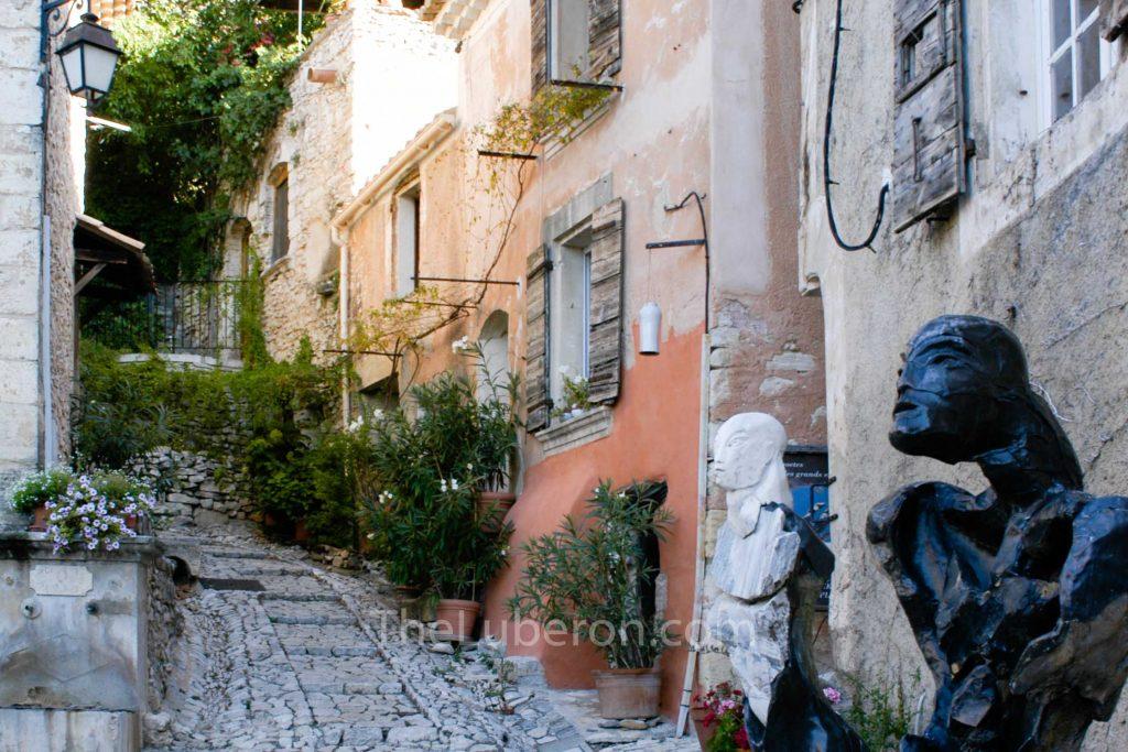 Joucas street