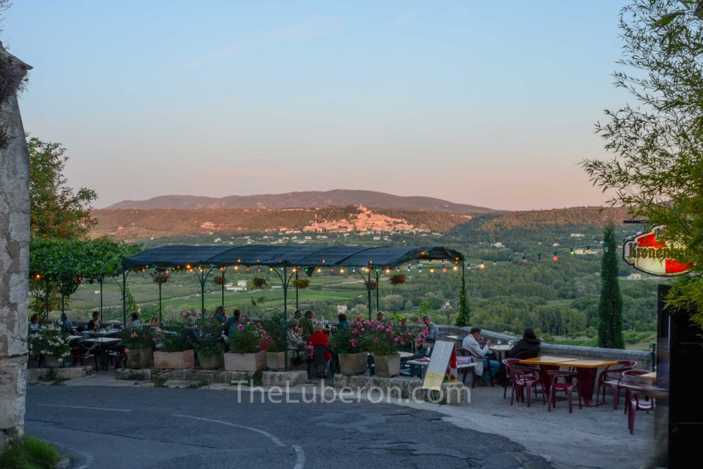 Cafe in Lacoste
