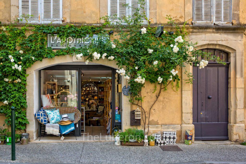 Lourmarin shop front