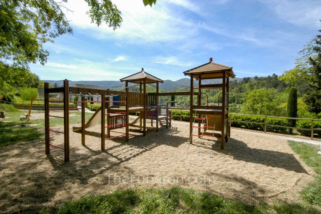 Menerbes playground