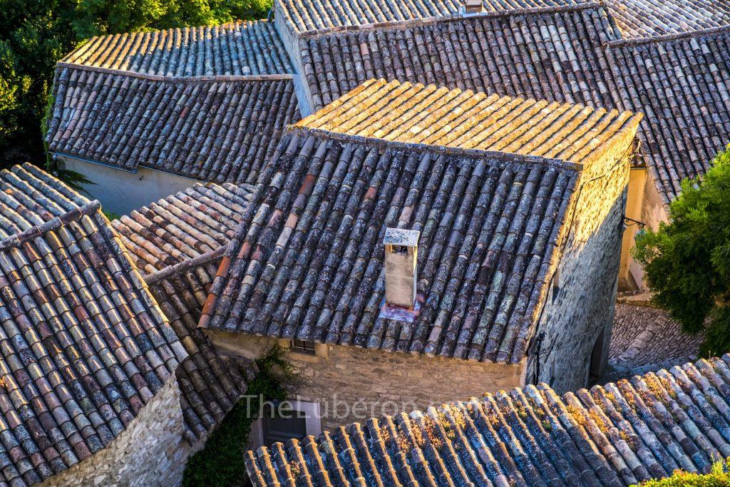Menerbes rooftops