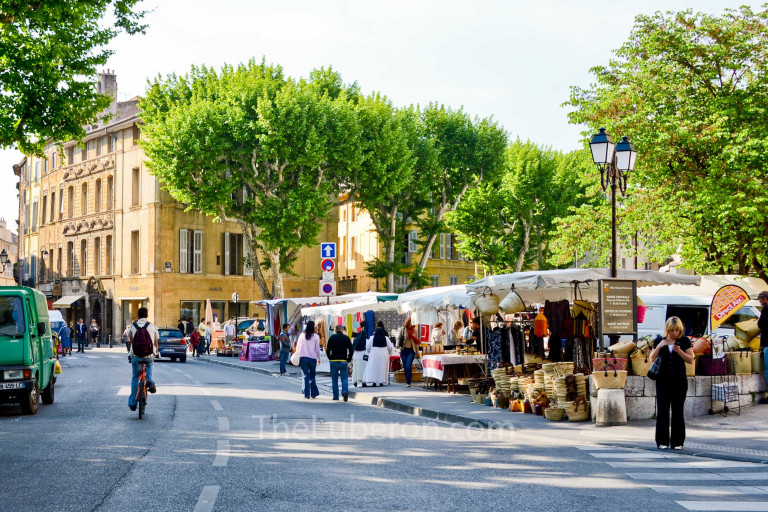 Place des Precheurs market