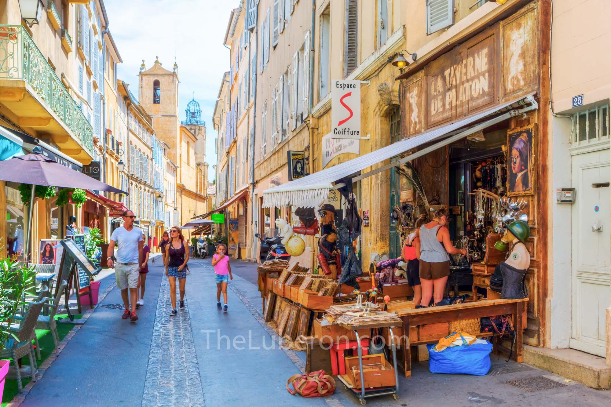 Aix shopping street