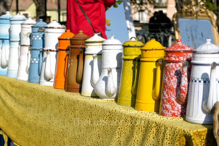 Coffee pots at L'Isle-sur-la-Sorgue