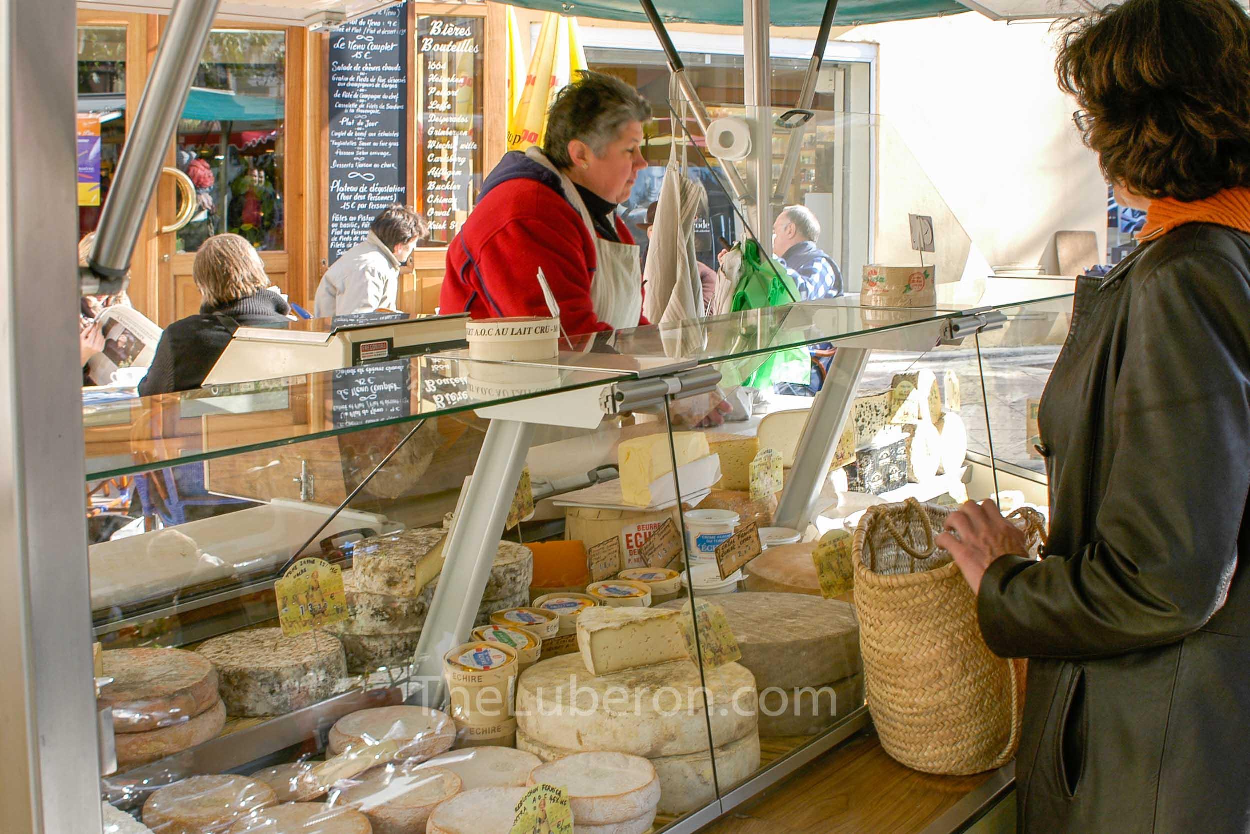 Cheese stall Apt market