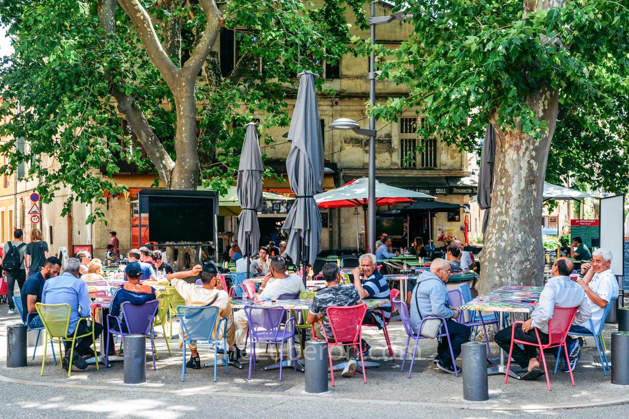 Arles street cafes