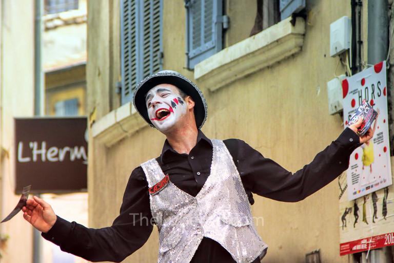Street entertainer in Avignon