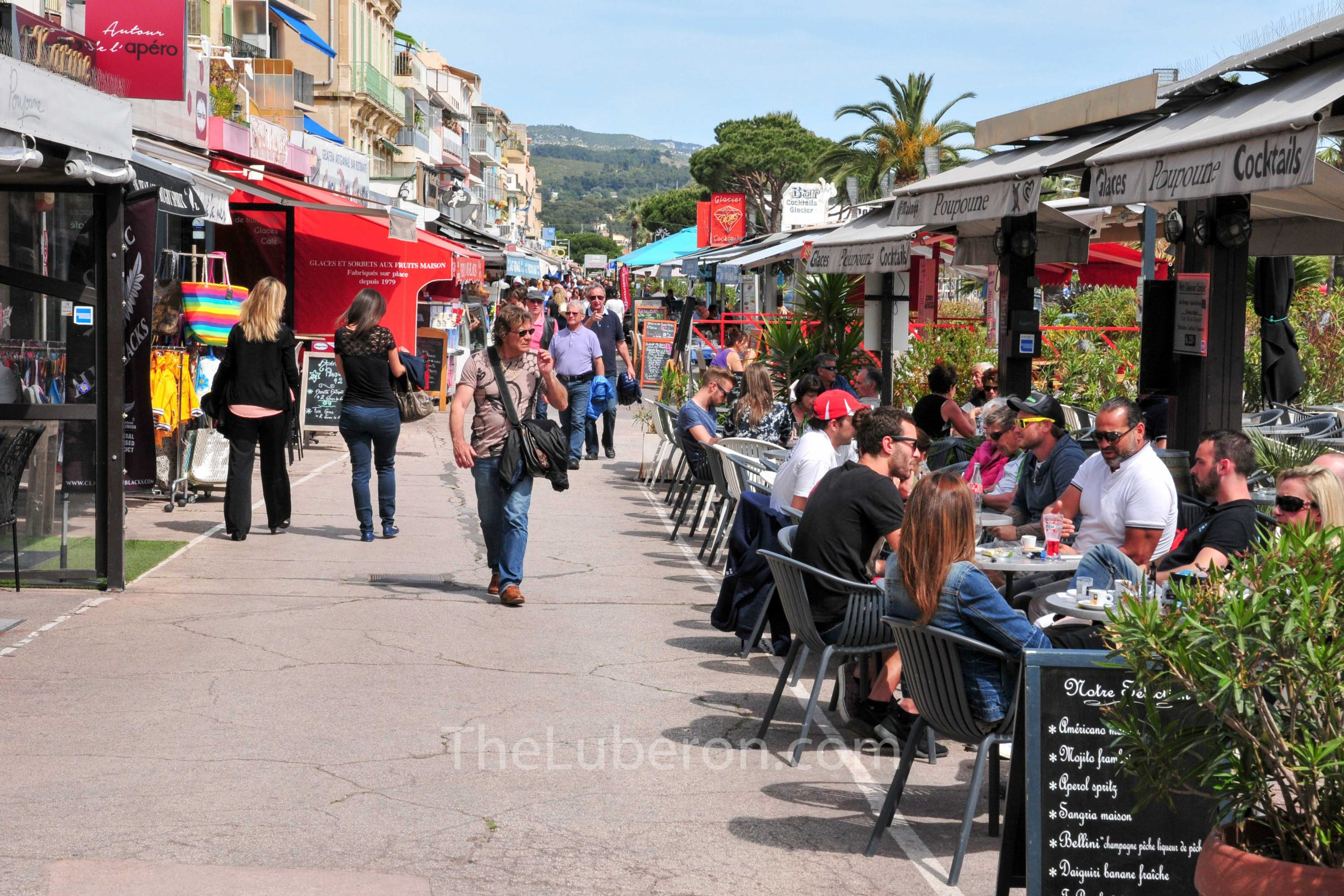 Cafes in Bandol