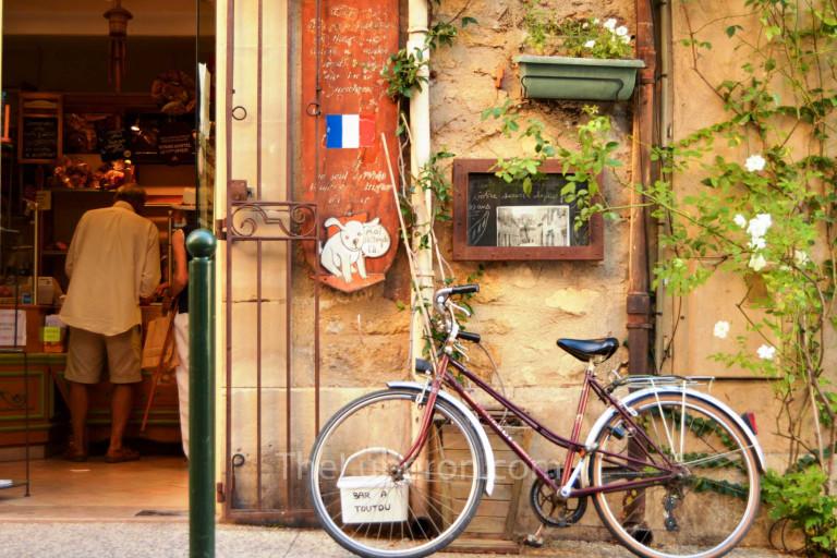 Bike outside a bakery