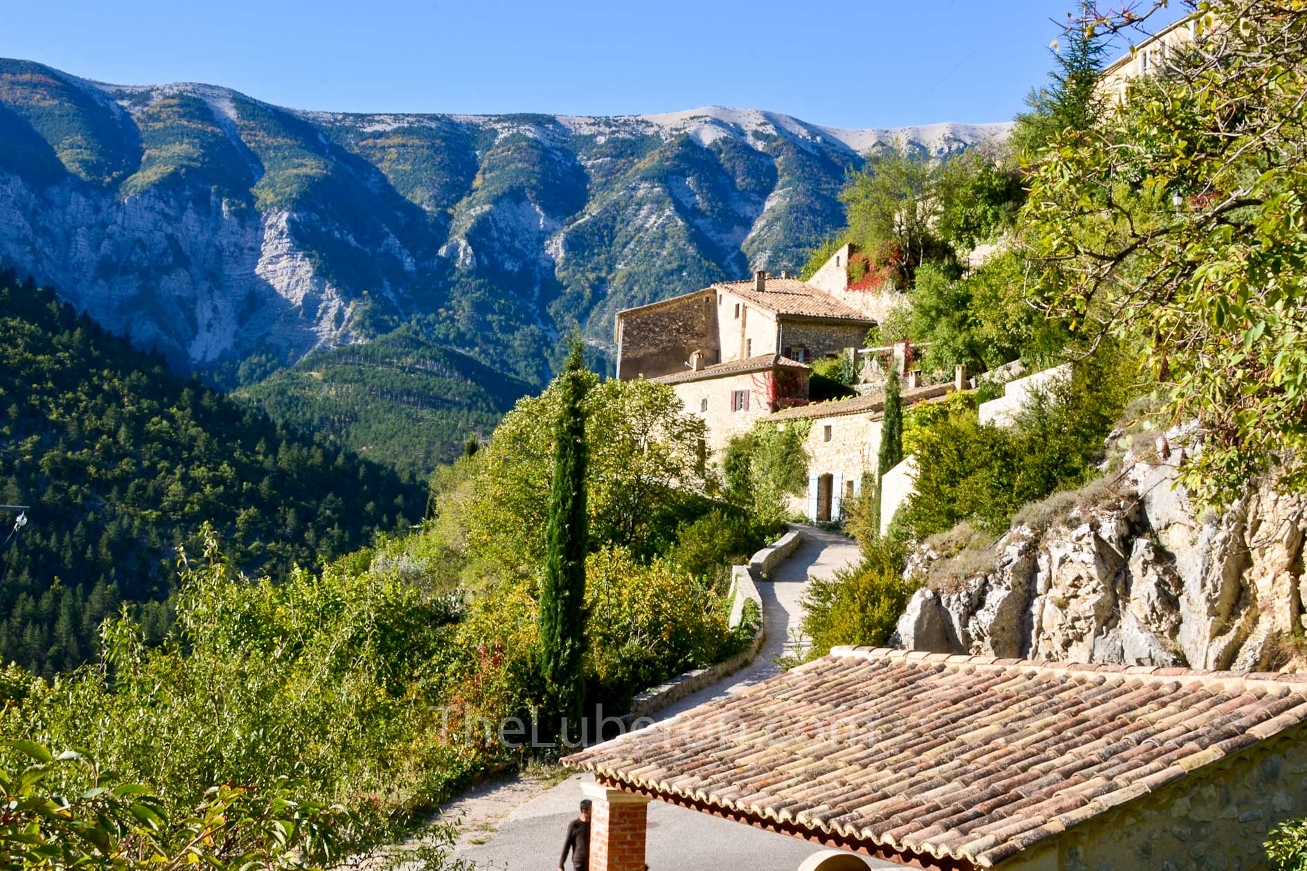 Brantes with the mont Ventoux in the background