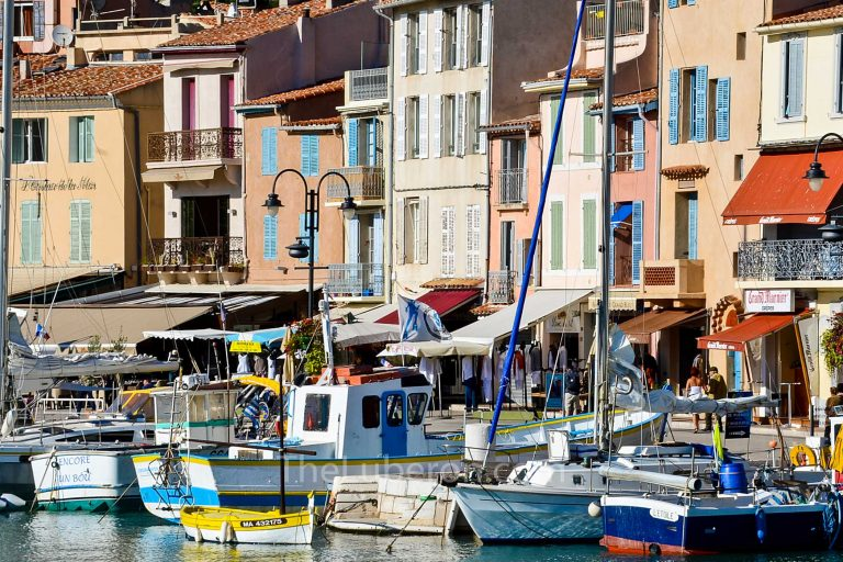Harbour and boats at Cassis