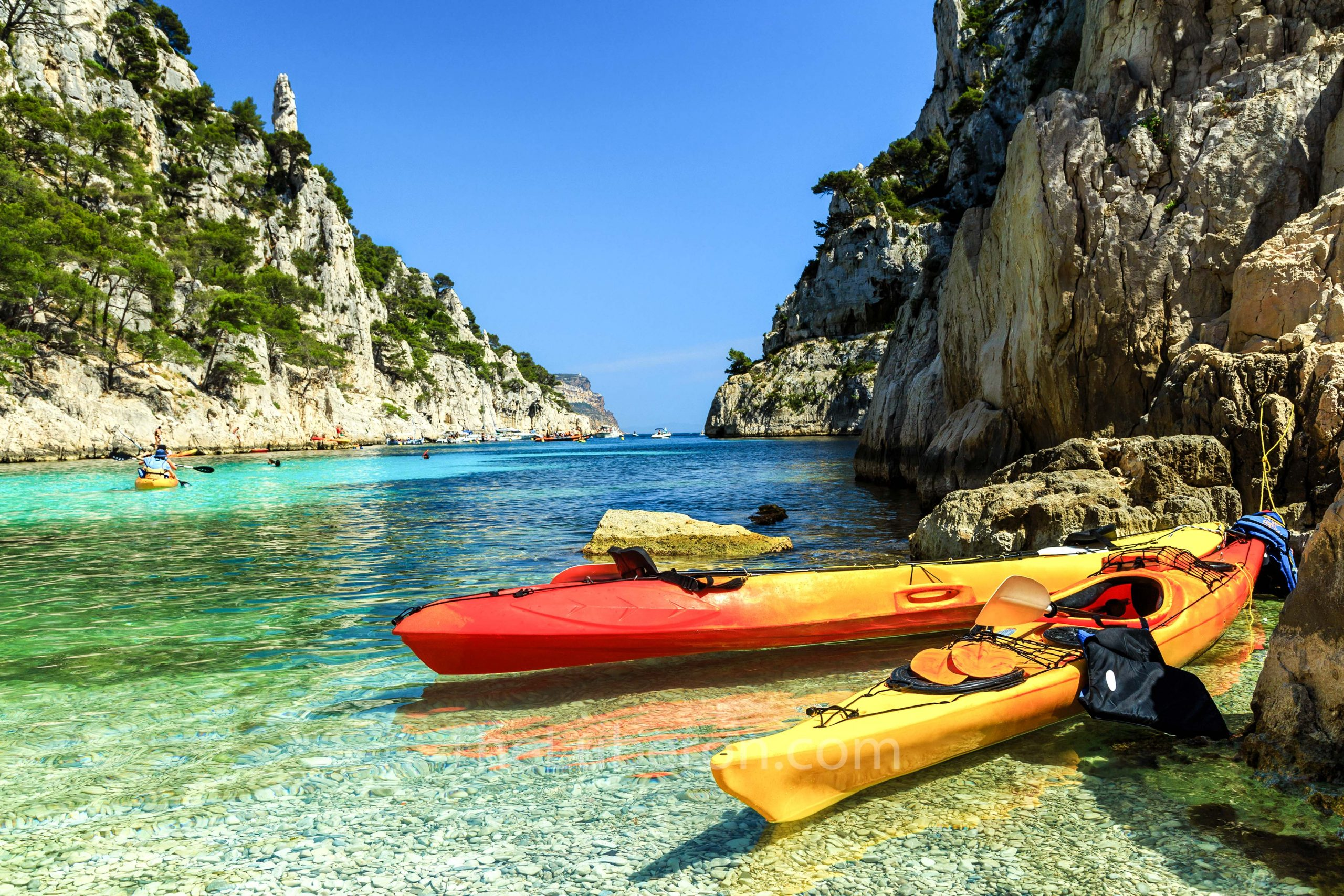 Kayaks in calanque at Cassis