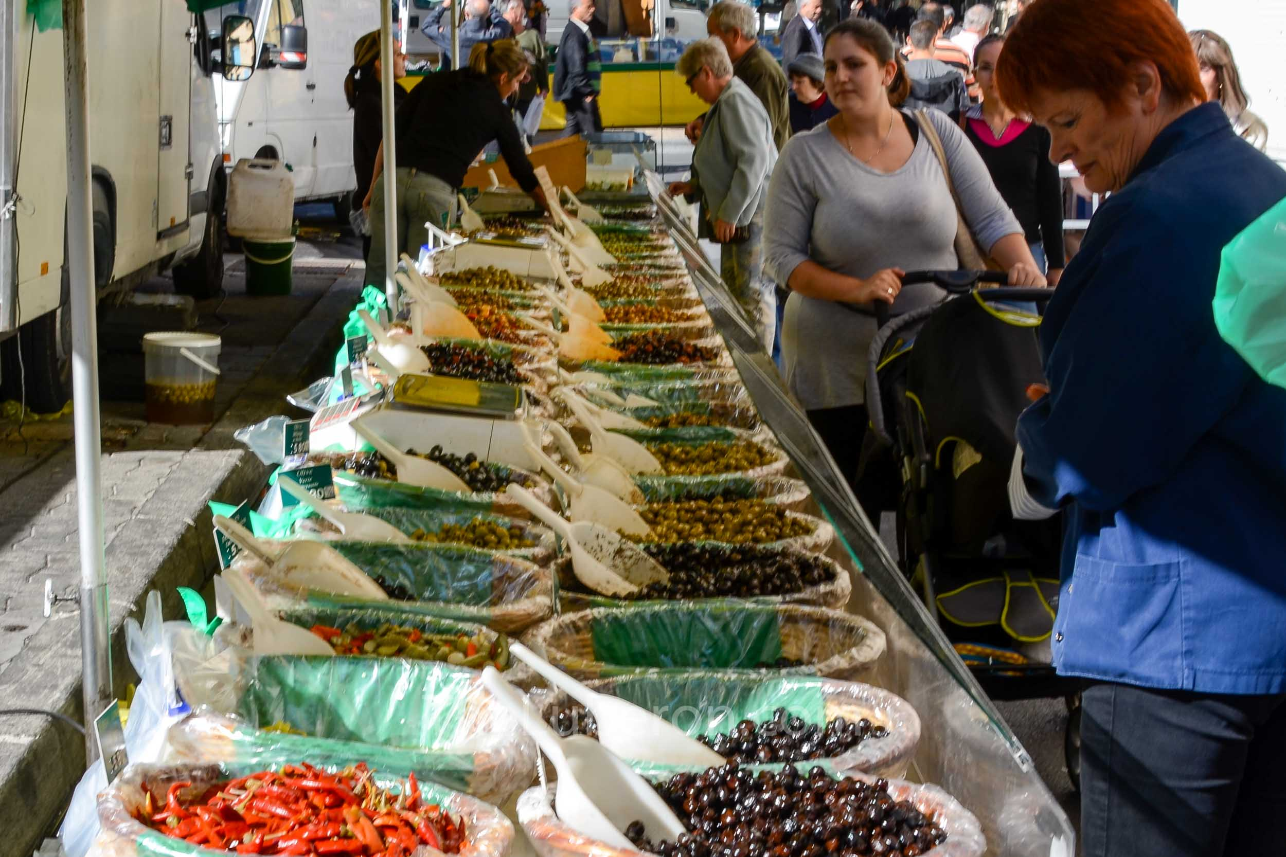 Olive stall at Cavaillon market