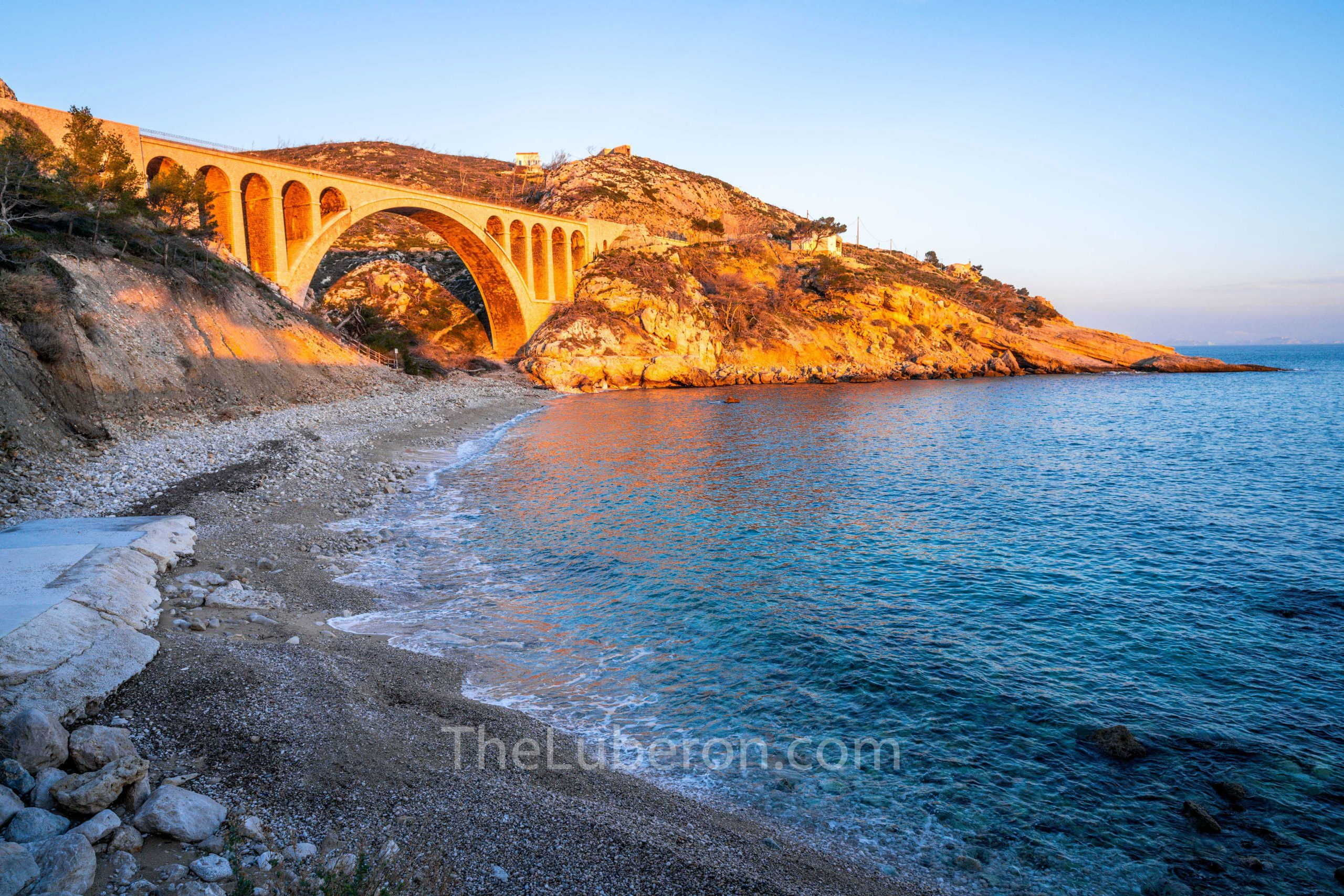 Viaduct and beach at Carry-le-Rouet