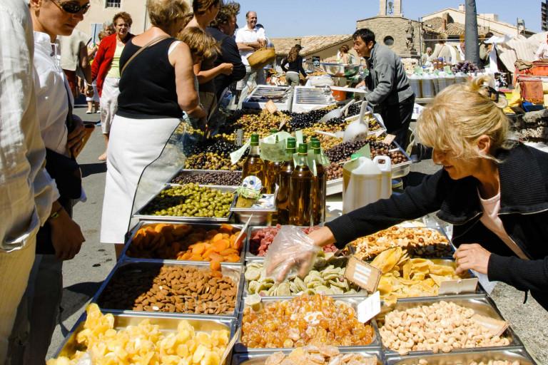 Canday at Gordes market