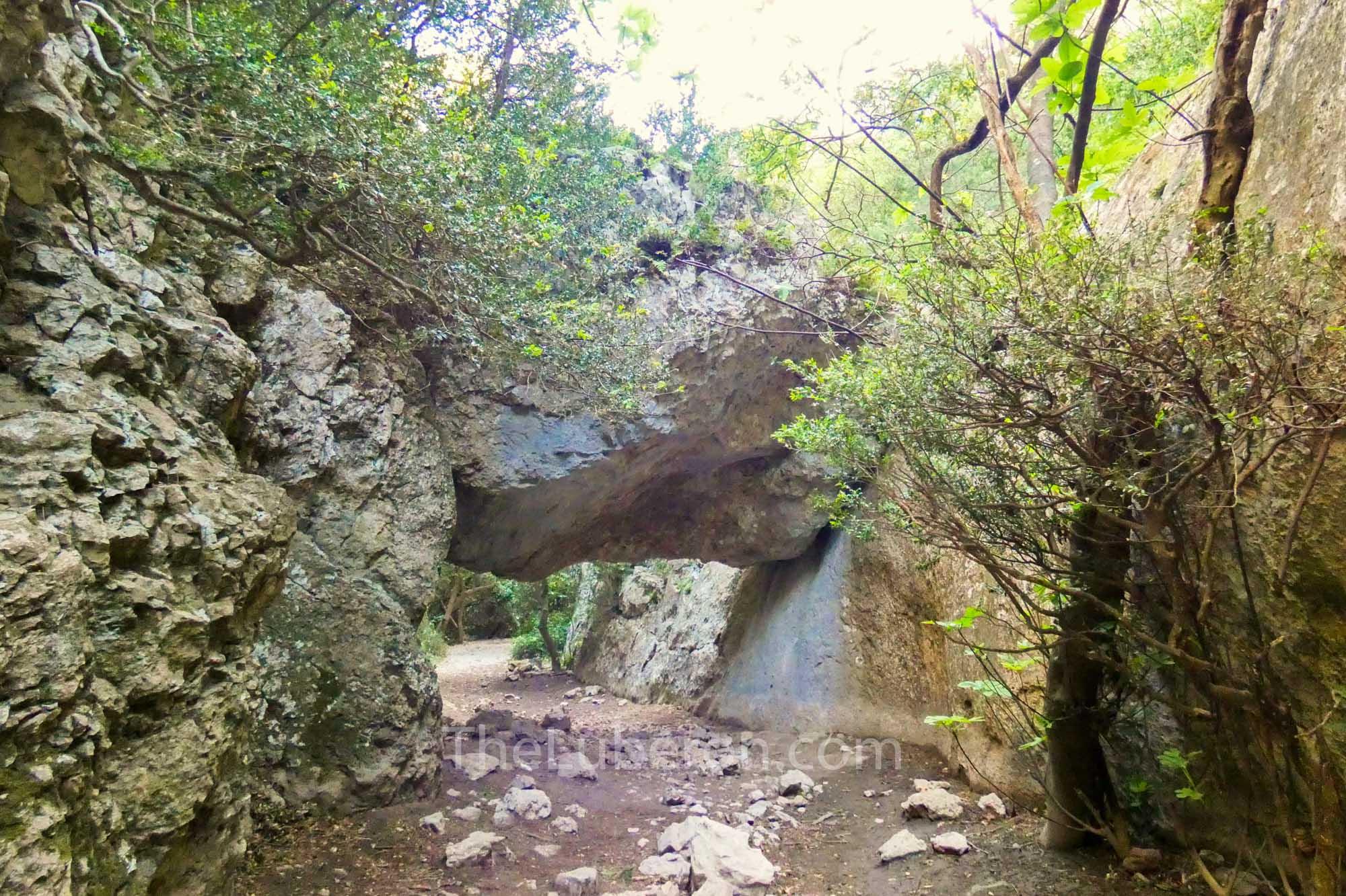 Regalon gorge hike