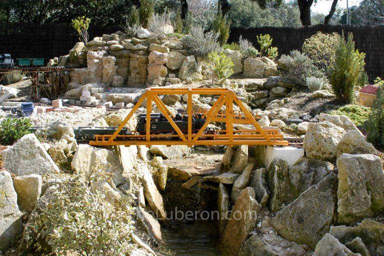 Bridge at Jarditrain