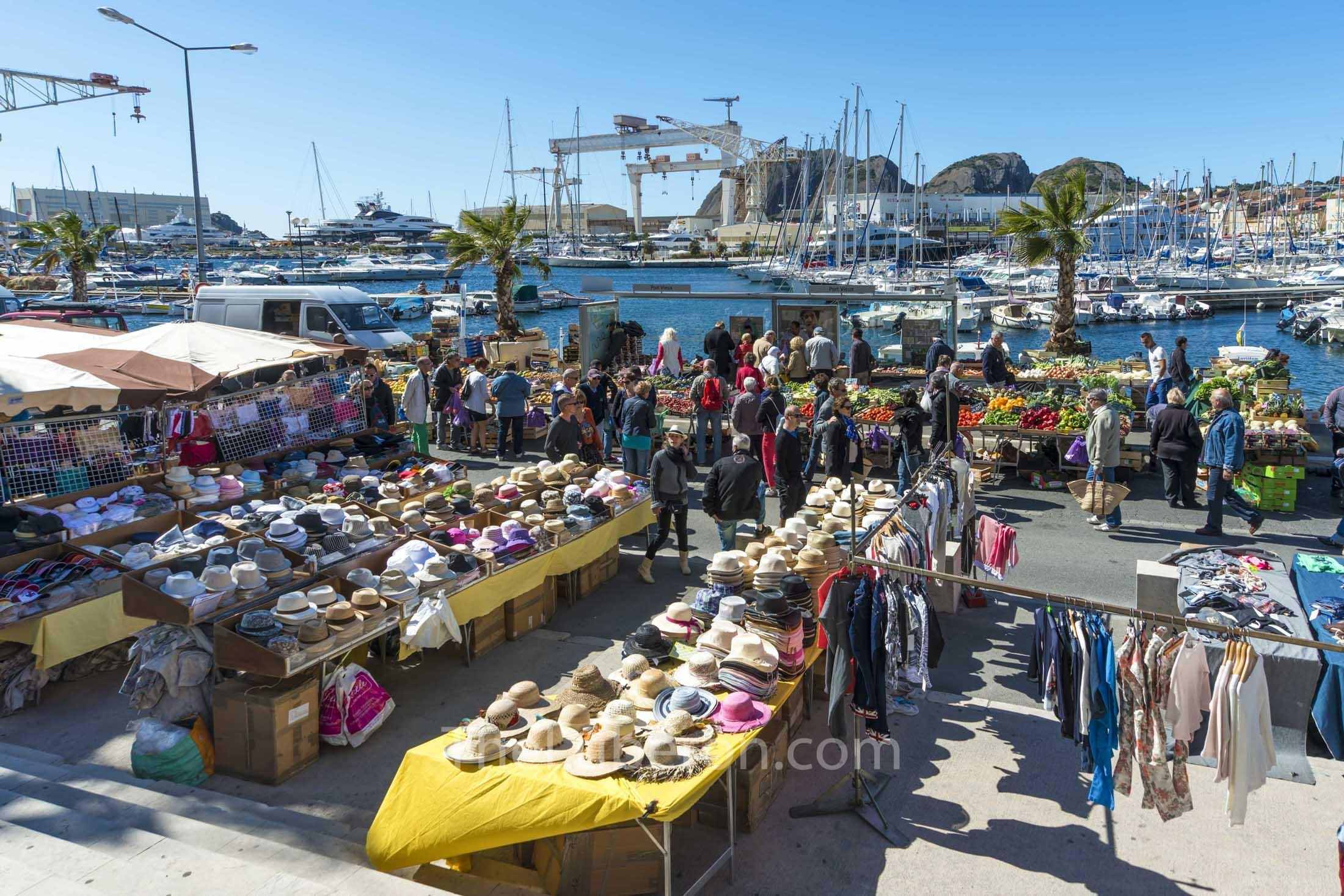 Market day at La Ciotat