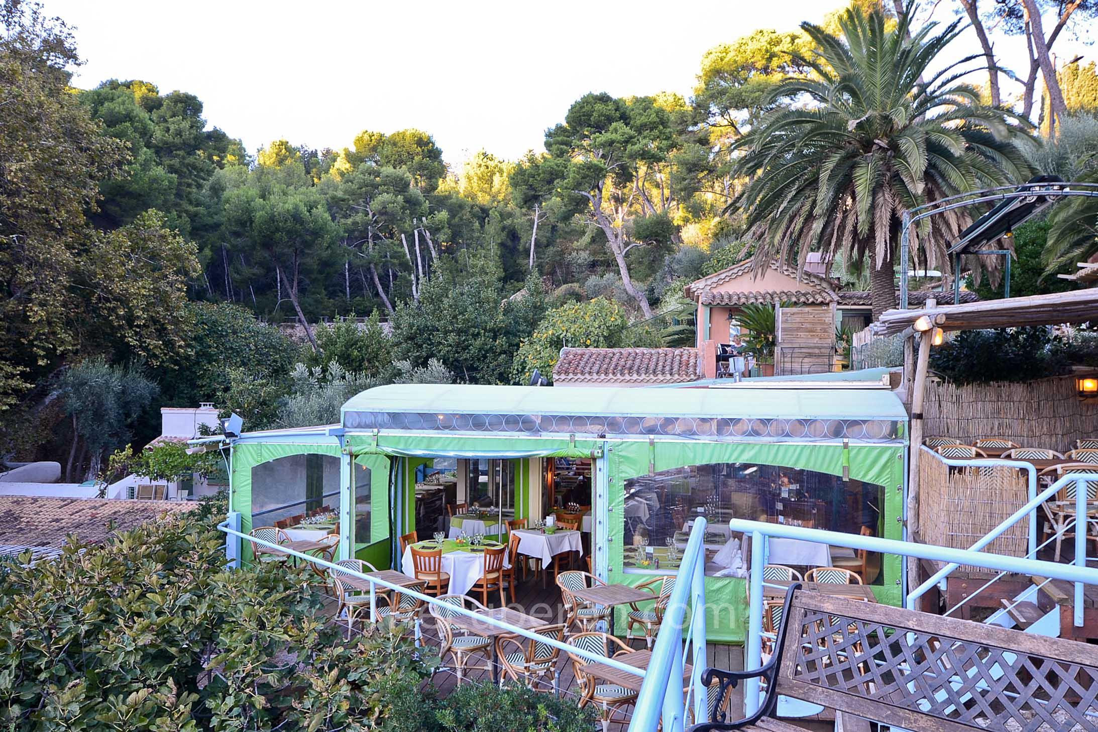 Restaurant at Calanque des Figuerolles, La Ciotat
