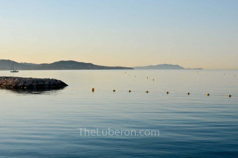 Dawn sea at La Ciotat