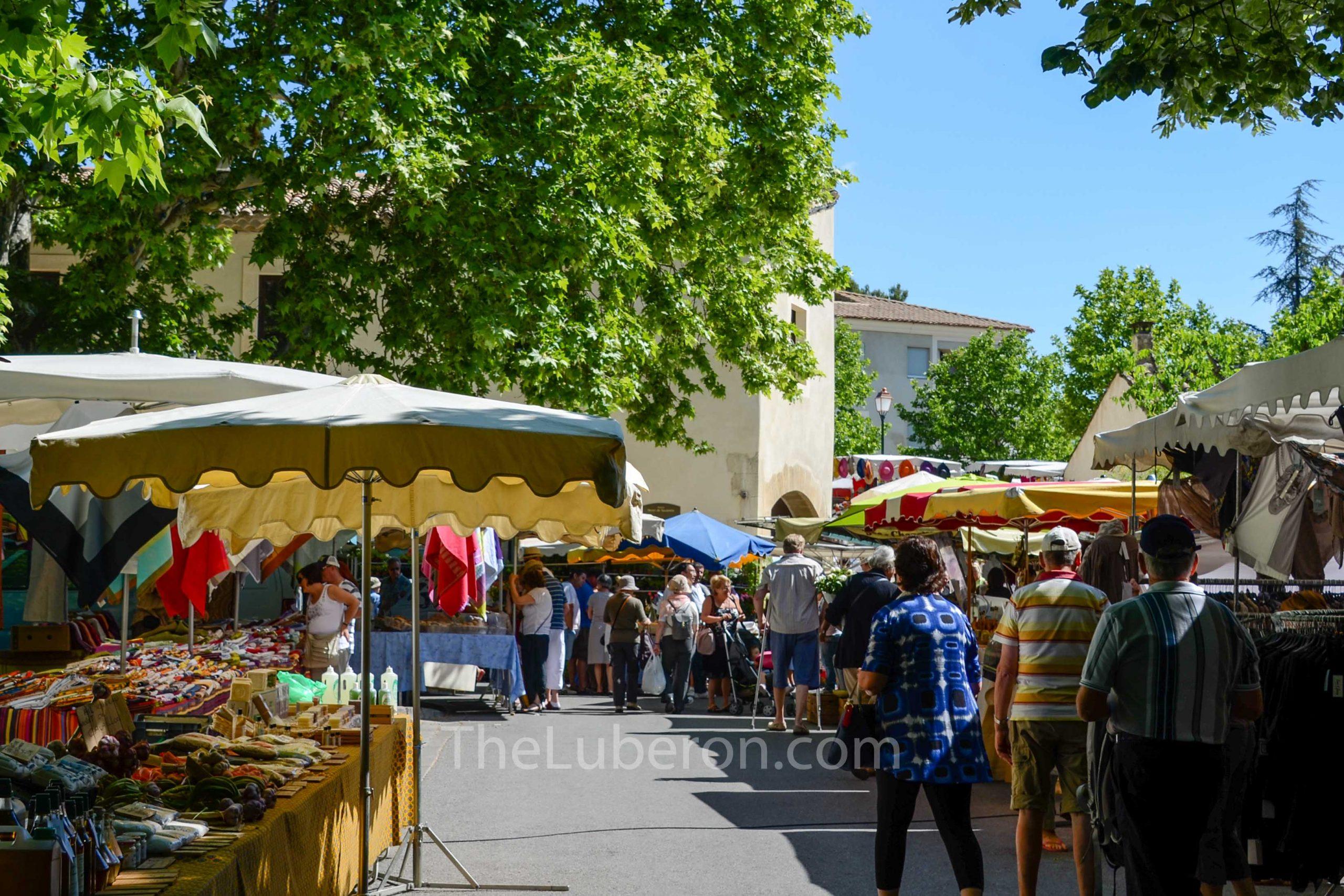 Lourmarin market