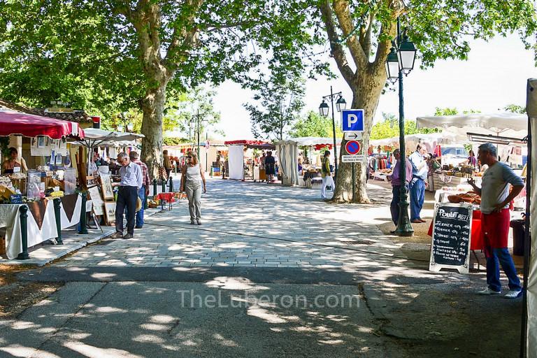 The market in Menerbes