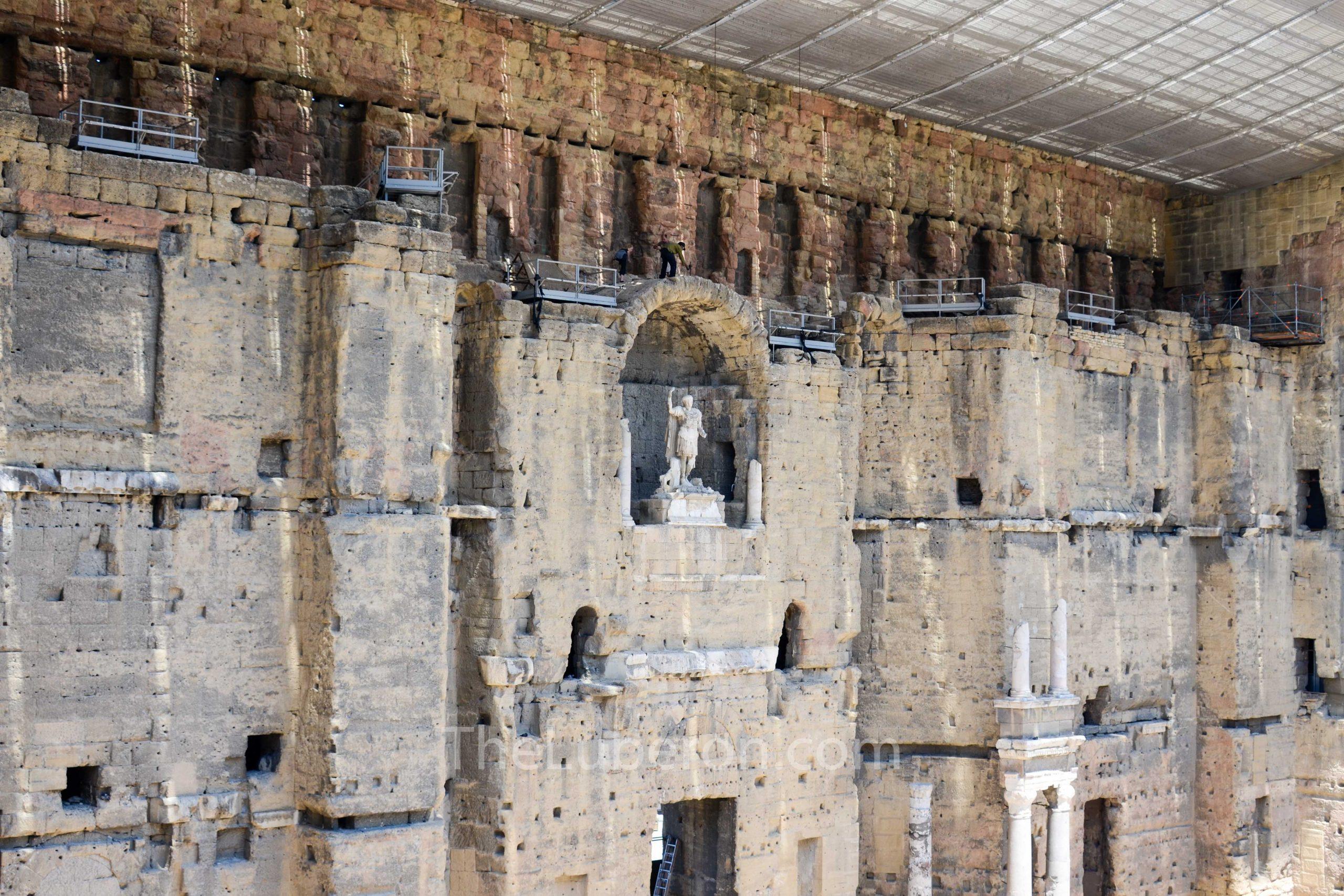 Backwall of Roman theatre, Orange