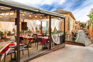 Roussillon restaurant