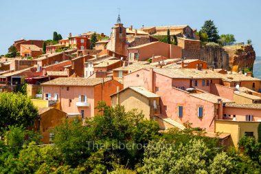 Roussillon village outline