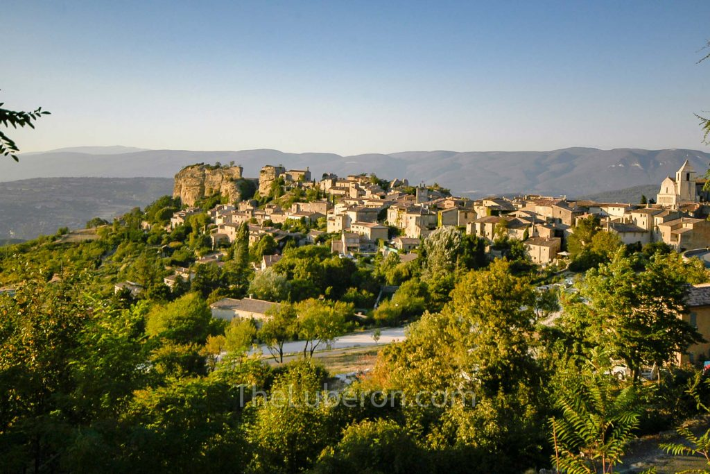 Looking over the roofs of Saignon
