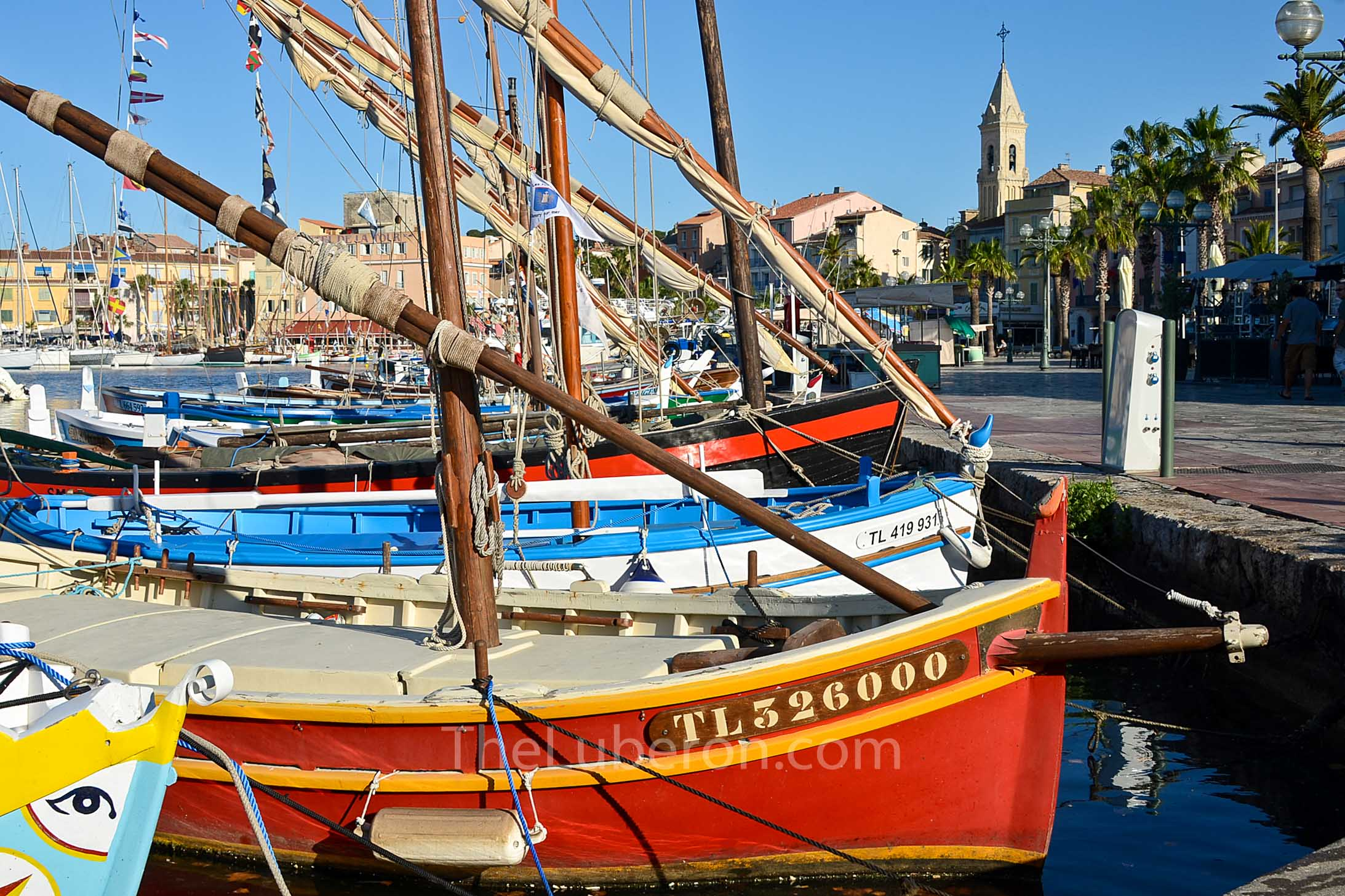 Sanary-sur-Mer boats in harbour