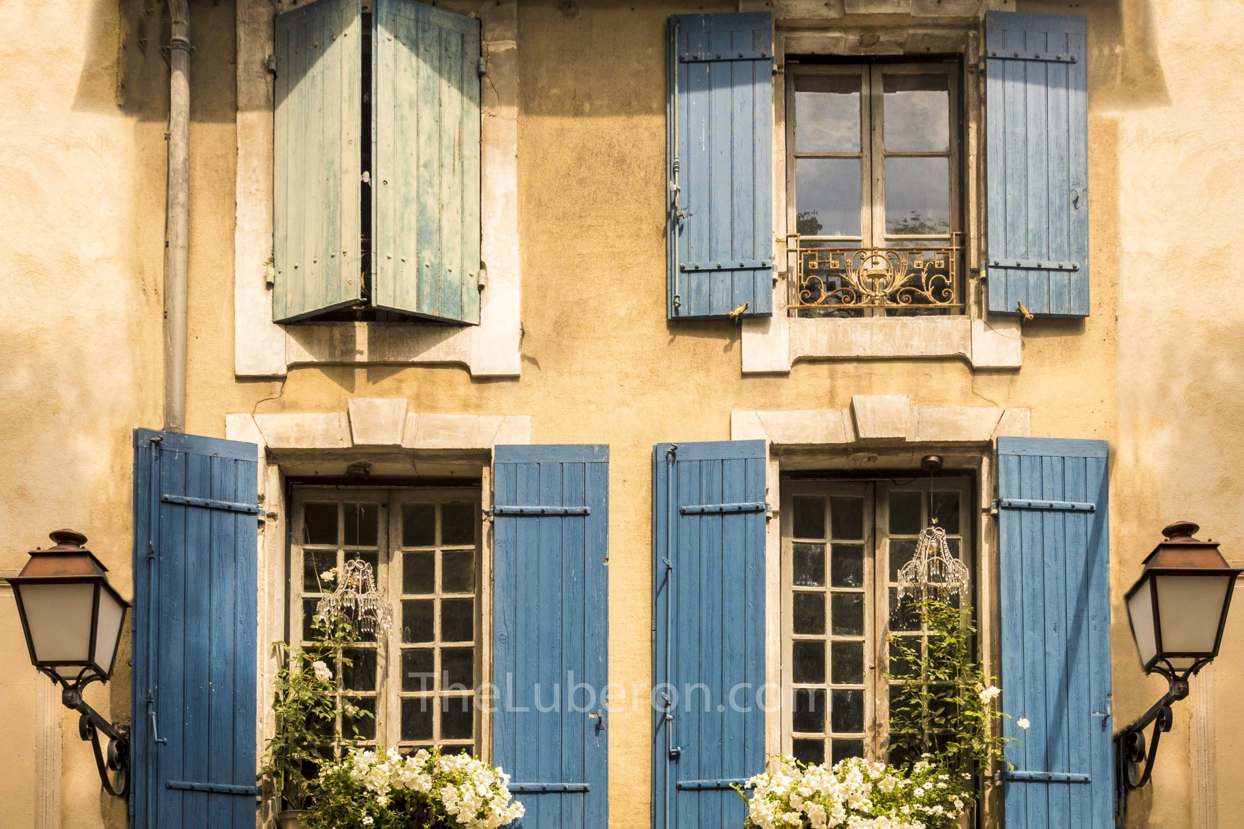Shutters in St-Remy-de-Provence