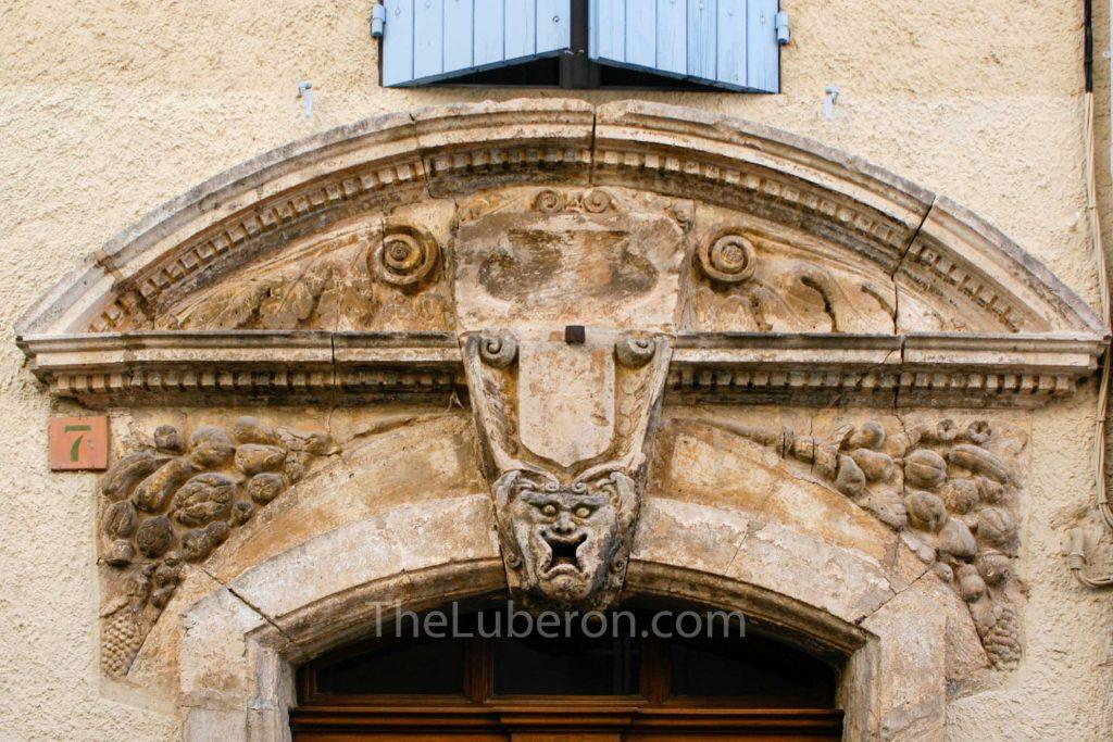 St-Saturnin-les-Apt ornate doorway