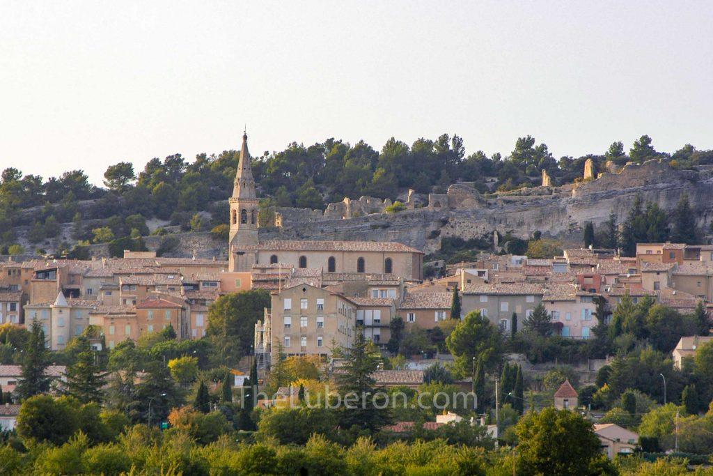 St-Saturnin-les-Apt from afar