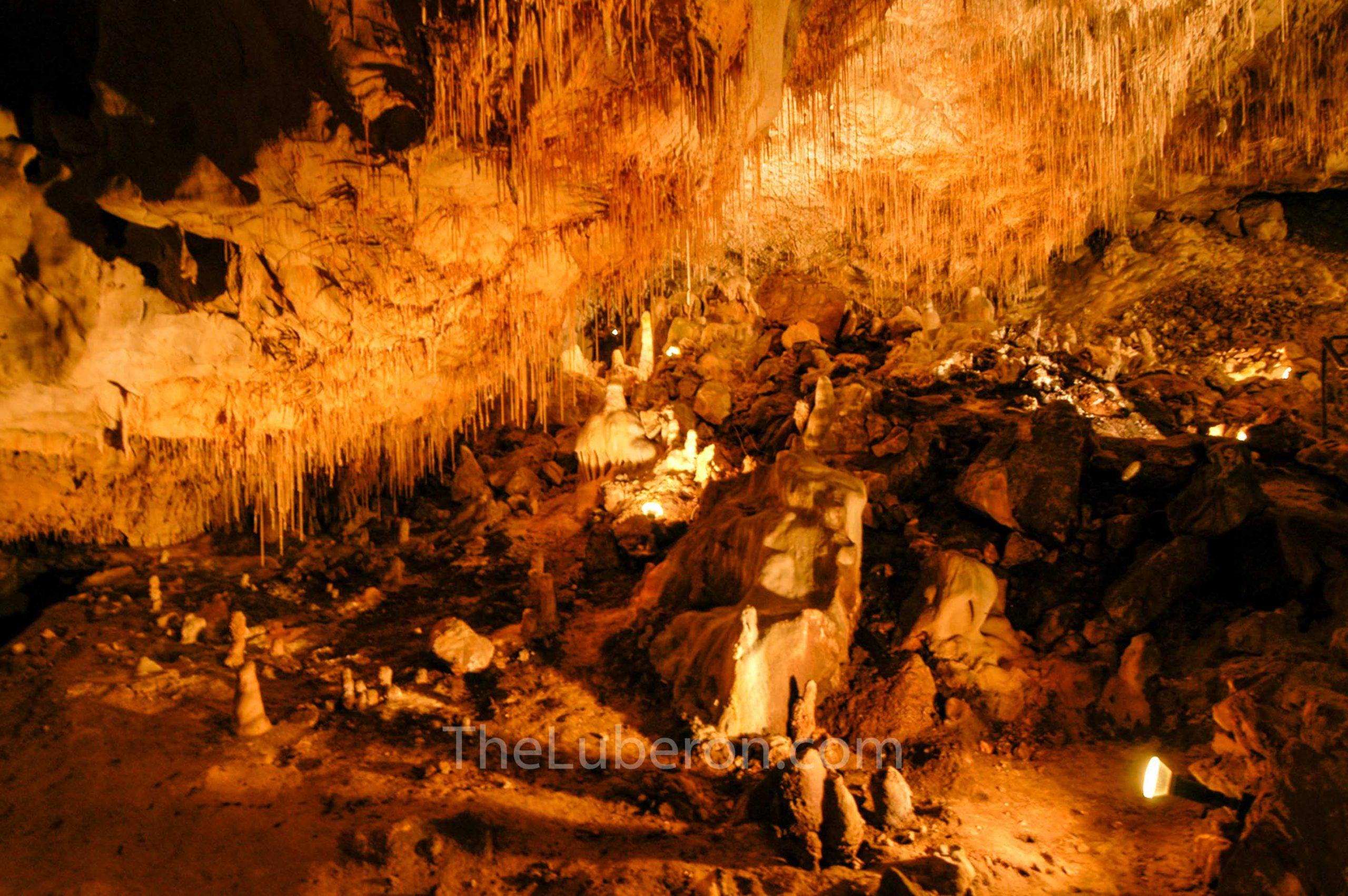 Thouzon cave