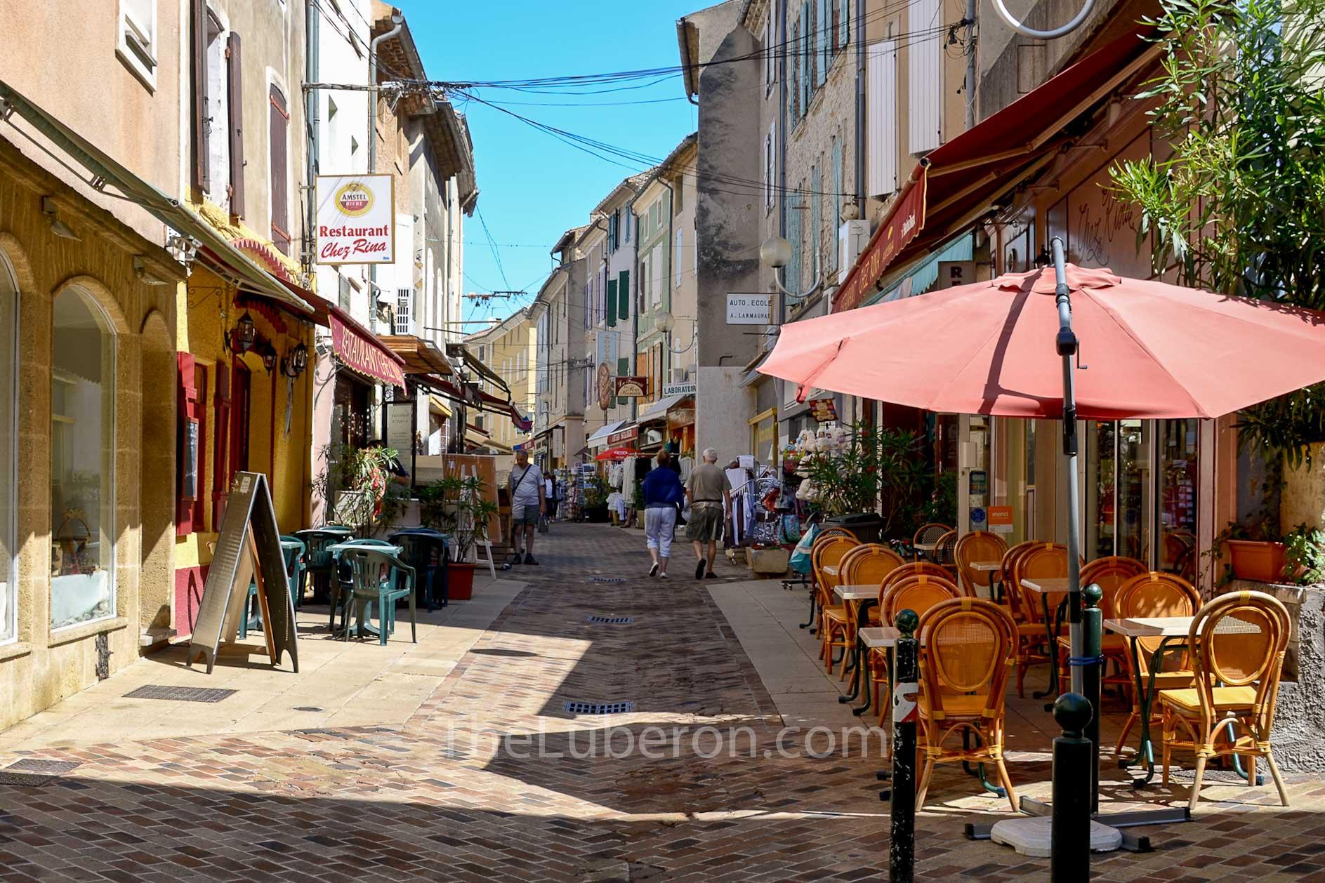 Street scene at Vaison-la-Romaine