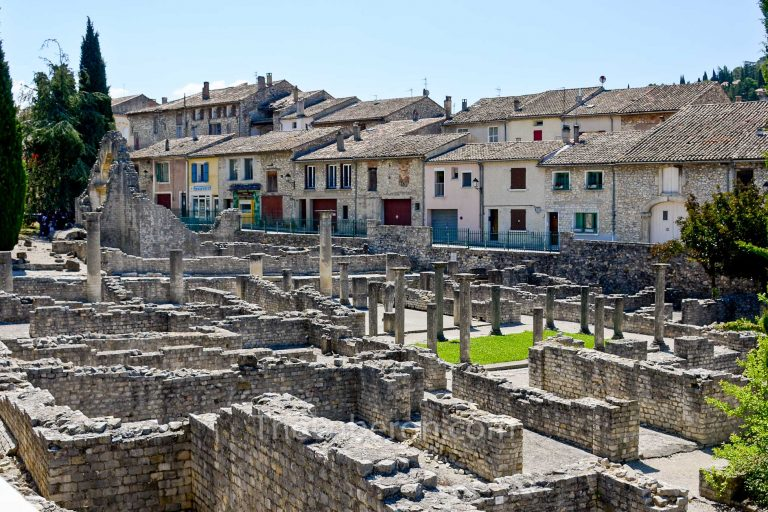 Vaison-la-Romaine roman ruins