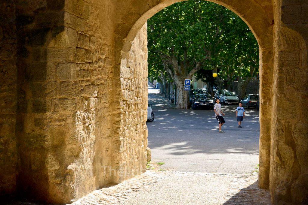 Viens village scene