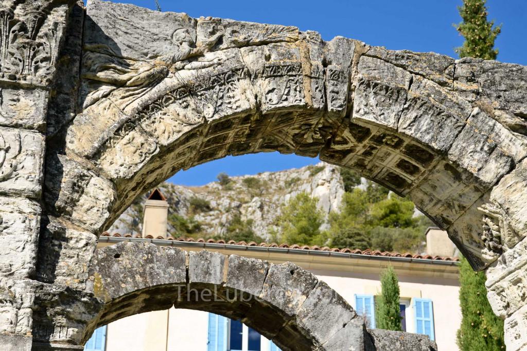 Roman arch in Cavaillon