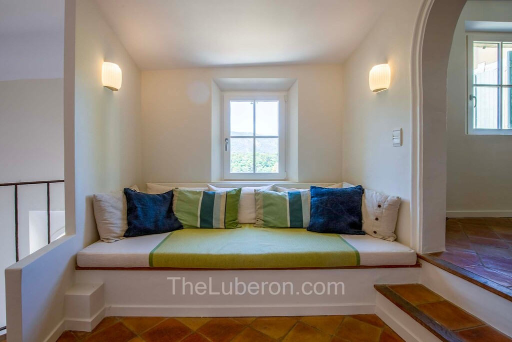 daybed and window
